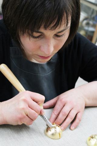 Ölvergoldung - Anja Isensee, die Meisterwerkstatt für Vergoldung in Berlin Zehlendorf